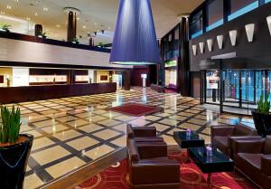 The Westin Leipzig_Lobby mit Shinto_Fotograf Matthias Hamel (1)